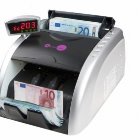 Multicurrency note counter with 4 different counterfeit features